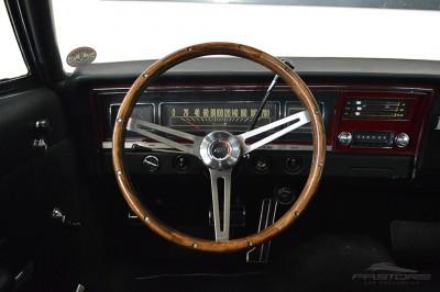 Chevrolet Impala 1968 (26).JPG