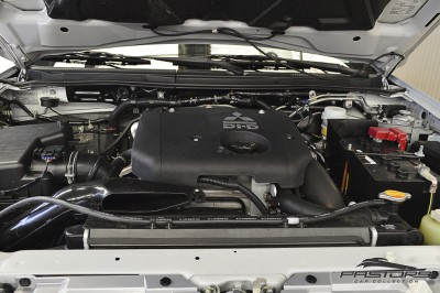Mitsubishi L200 Triton 3.2 - 2011 (9).JPG