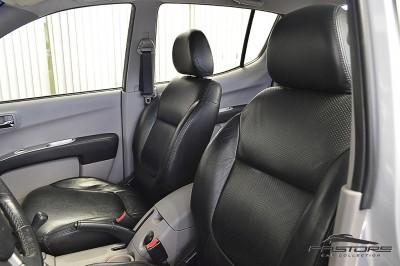 Mitsubishi L200 Triton 3.2 - 2011 (16).JPG