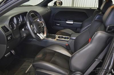 Dodge Challenger SRT8 2012 (24).JPG