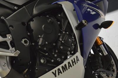 Yamaha YZF R1 - 2010 (9).JPG