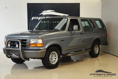Ford F1000 (1).JPG