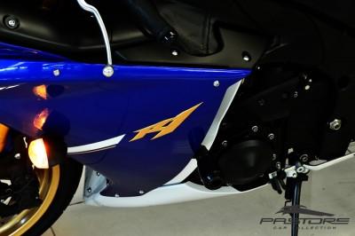 Yamaha R1 2012 (6).JPG