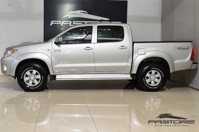 Toyota Hilux SRV 2007 (3).JPG