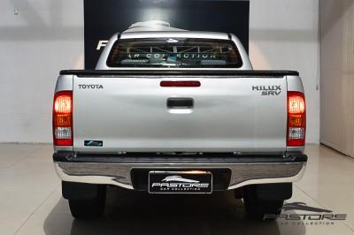 Toyota Hilux SRV 2007 (2).JPG