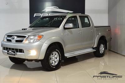 Toyota Hilux SRV 2007 (1).JPG