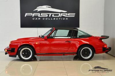 Porsche 911 (2).JPG
