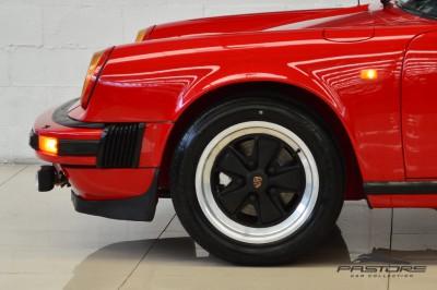 Porsche 911 (21).JPG