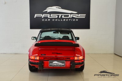 Porsche 911 (4).JPG