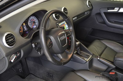 Audi A3 Sportback 2.0 TFSI - 2012 (preto) (15).JPG