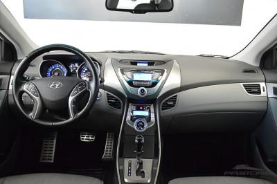 Hyundai Elantra 2013 (5).JPG
