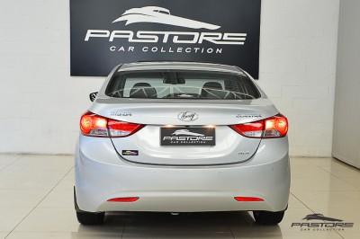 Hyundai Elantra 2013 (3).JPG
