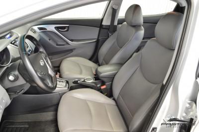 Hyundai Elantra 2013 (13).JPG