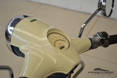 Lambretta LI 150  (4).JPG