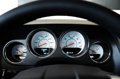 Dodge Challenger V6 (5).JPG