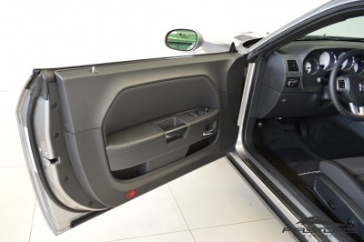 Dodge Challenger V6 (21).JPG