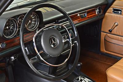 Mercedes-Benz 250CE (4).JPG