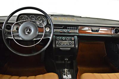 Mercedes-Benz 250CE (5).JPG