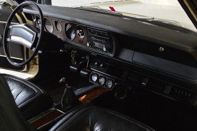 Dodge Charger RT 1977 (19).JPG