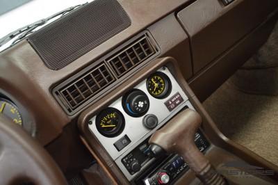 Porsche 944 (19).JPG