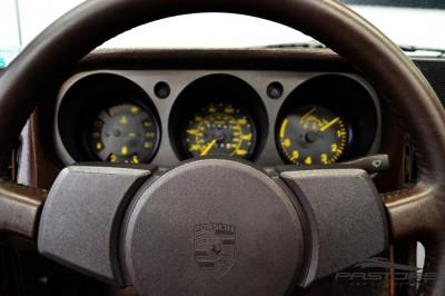 Porsche 944 (5).JPG