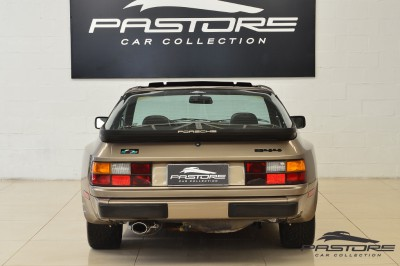 Porsche 944 (3).JPG