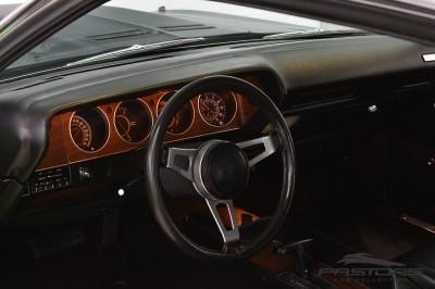 Plymouth Barracuda (34).JPG
