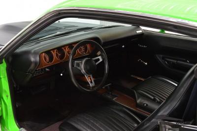 Plymouth Barracuda (7).JPG