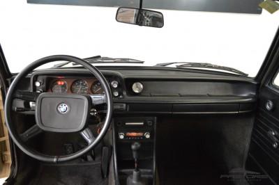 BMW 1502 (5).JPG