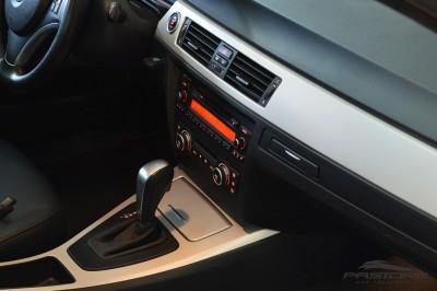 BMW 320i TOP R20 (15).JPG