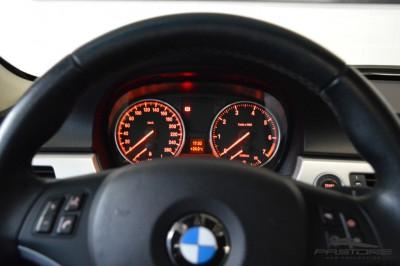 BMW 320i TOP R20 (18).JPG