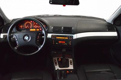 BMW 320i 2002 (5).JPG