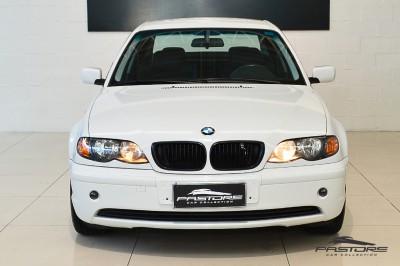 BMW 320i 2002 (7).JPG