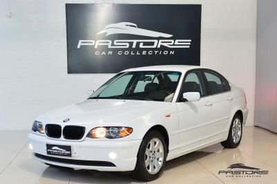 BMW 320i 2002 (1).JPG