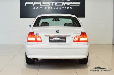 BMW 320i 2002 (3).JPG