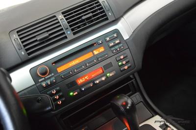 BMW 320i 2002 (17).JPG