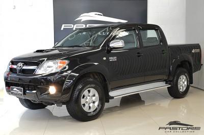 Hilux SRV 2008 (1).JPG