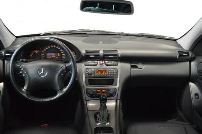Merecedes-Benz C240 (5).JPG