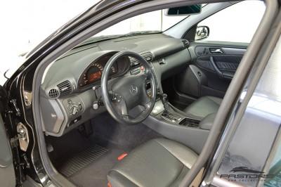 Merecedes-Benz C240 (4).JPG