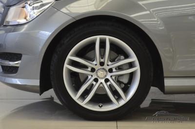 Mercedes-Benz C180 Turbo - 2013 (19).JPG