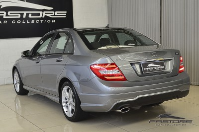 Mercedes-Benz C180 Turbo - 2013 (8).JPG