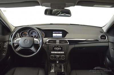 Mercedes-Benz C180 Turbo - 2013 (5).JPG