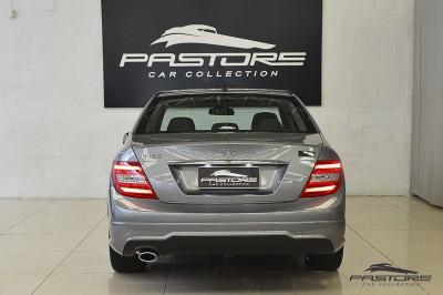 Mercedes-Benz C180 Turbo - 2013 (3).JPG