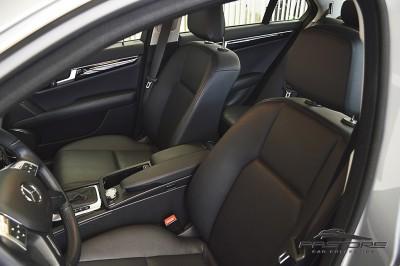 Mercedes-Benz C180 Turbo - 2013 (12).JPG
