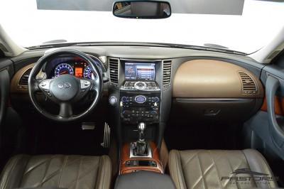 Infiniti FX35 2009 (5).JPG