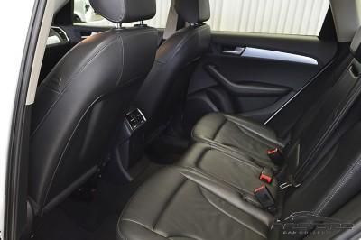 Audi Q5 2.0TFSi 2011 (13).JPG