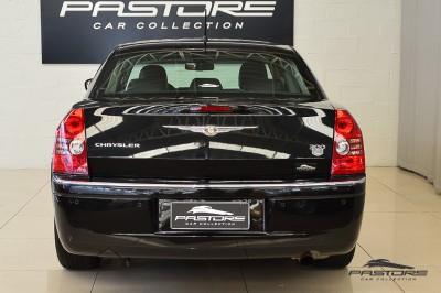 Chrysler 300C V6 2008 (3).JPG