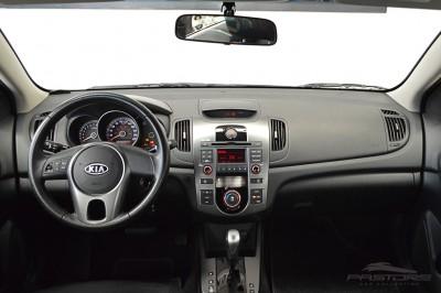 Kia Cerato EX2 2010 (5).JPG