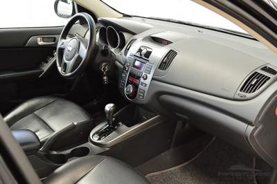 Kia Cerato EX2 2010 (20).JPG