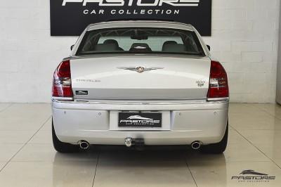 Chrysler 300C 5.7 V8 2007 (3).JPG